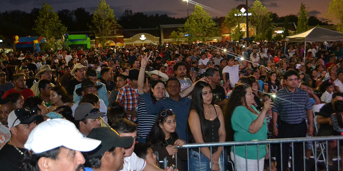 People love Fiestas Patrias at Plaza Mariachi